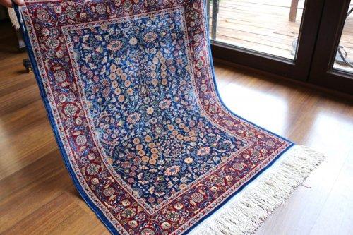 ヘレケ絨毯 シルク100% 七つの山の花 約83x63cm