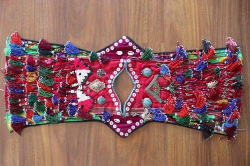 コレクション  北アフガニスタン トルクメンの子供儀式用チュニック
