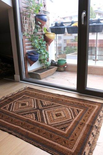 オールド ムシュワニ スマック織とパイル織の混合キリム 約119x84cm