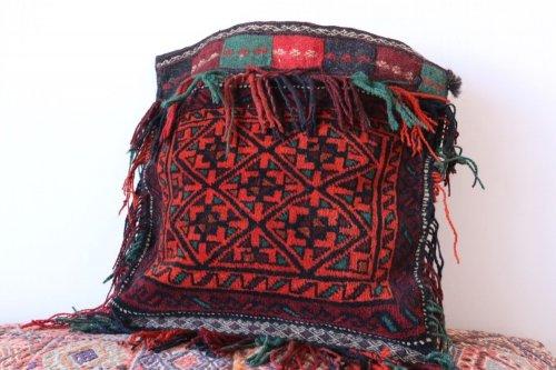 バルーチ族 遊牧民のバッグ  チャンタ 約42x44cm