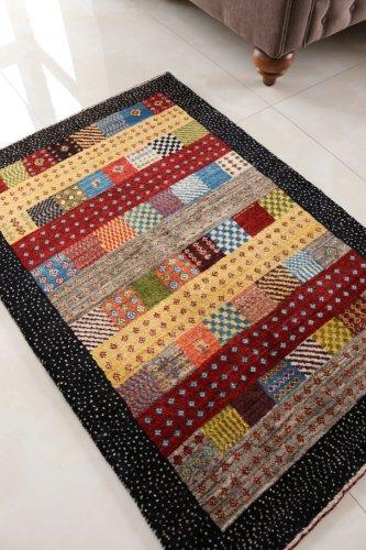 手紡ぎ草木染のギャッベ ゾランヴァリ 118x80cm