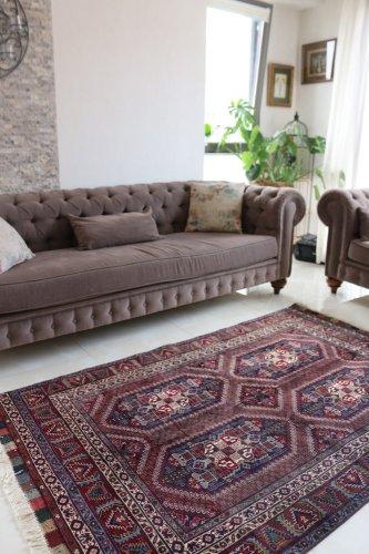 上質のオールド絨毯 シックな色とデザインのアフガン 約208x133cm