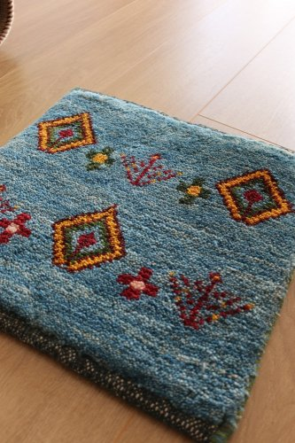 手紡ぎ草木染のギャッベ ゾランヴァリ  ミニサイズ