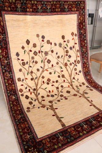 手紡ぎ草木染のギャッベ ゾランヴァリ 250x167cm  展示会用特別柄