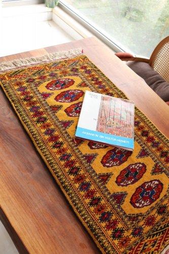 綺麗色 トルクメン ブハラ絨毯 約95x52cm