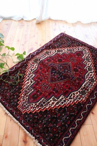 ペルシャ絨毯 セネ 上質の仕上がり  102x71