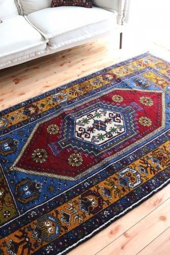 トルコ絨毯の魅力たっぷり オールド ヤフヤル  187x105