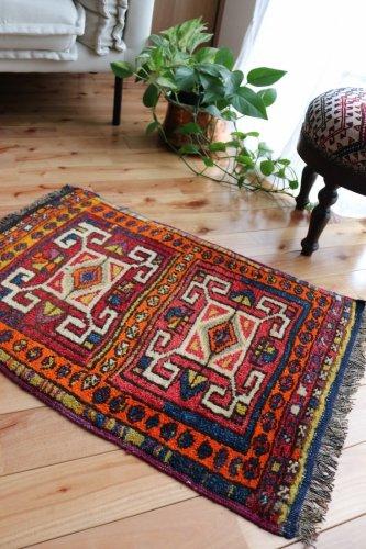 オールド絨毯  ガジアンテプのヤストゥック コレクションピース