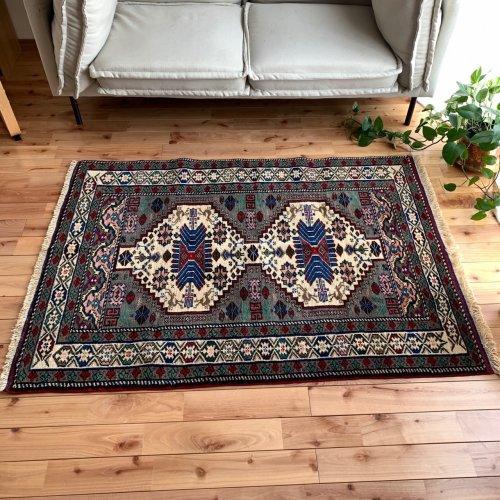 上質と伝統のトルコ絨毯 オブルックの肩章絨毯 145x104