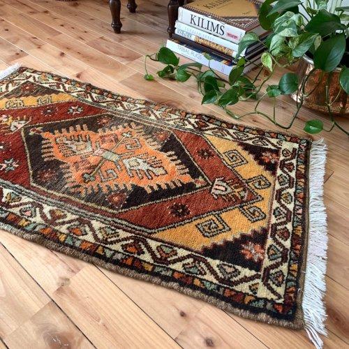 トルコ絨毯 カラフルでお洒落 ユルドゥズエリ 98x51