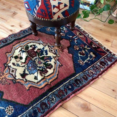 Collection トルコ絨毯 ヤフヤル  98x66