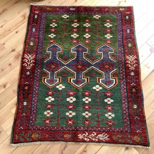 遊牧民の絨毯 ベルガマ