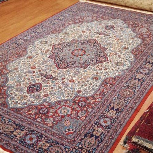 オールド ヘレケ絨毯  著名 ドュリューダー 工房 ヘレケ