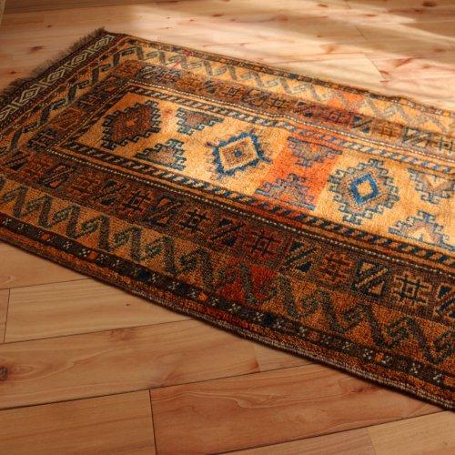 オールド絨毯 素晴らしい色艶 バルーチ 110x65