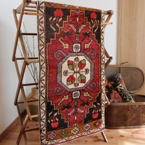 トルコ絨毯 タシュプナル 108x52