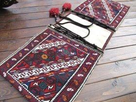 コーカサス  ヘイベ 素晴らしいスマック織りやタッセル