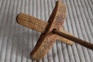 手紡ぎの古道具【キルマン】スピンドル no.9