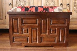 キリム家具 サンドゥク 木箱兼スツール #15