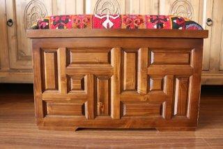 キリム家具 サンドゥク 木箱兼スツール #16