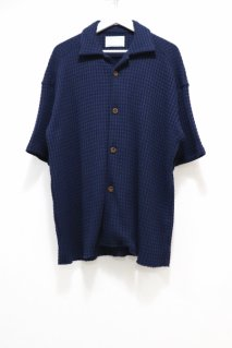 SECTION Waffle Shirt(NVY)<img class='new_mark_img2' src='https://img.shop-pro.jp/img/new/icons15.gif' style='border:none;display:inline;margin:0px;padding:0px;width:auto;' />