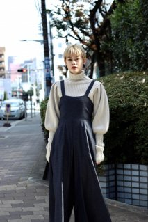 【20%OFF】tiit tokyo  flare overall(NVY)<img class='new_mark_img2' src='https://img.shop-pro.jp/img/new/icons16.gif' style='border:none;display:inline;margin:0px;padding:0px;width:auto;' />