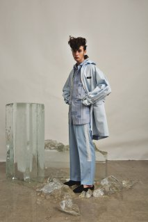 SYU.HOMME/FEMM  Duster hoodie JKT(Sax)<img class='new_mark_img2' src='https://img.shop-pro.jp/img/new/icons15.gif' style='border:none;display:inline;margin:0px;padding:0px;width:auto;' />