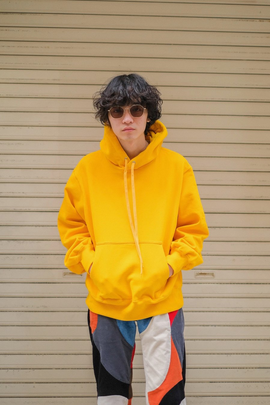 JOHN MASON SMITH  PULLOVER HOODIE(YELLOW)<img class='new_mark_img2' src='https://img.shop-pro.jp/img/new/icons15.gif' style='border:none;display:inline;margin:0px;padding:0px;width:auto;' />