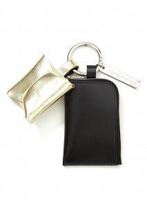 soe  Leather Key Ring(BLACK / GOLD)<img class='new_mark_img2' src='https://img.shop-pro.jp/img/new/icons15.gif' style='border:none;display:inline;margin:0px;padding:0px;width:auto;' />