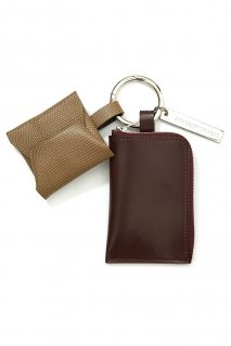 soe  Leather Key Ring(BURGUNDY / BEIGE)<img class='new_mark_img2' src='https://img.shop-pro.jp/img/new/icons15.gif' style='border:none;display:inline;margin:0px;padding:0px;width:auto;' />