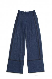 soe  Denim Wide Pants<img class='new_mark_img2' src='https://img.shop-pro.jp/img/new/icons15.gif' style='border:none;display:inline;margin:0px;padding:0px;width:auto;' />
