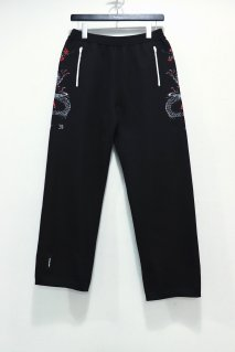 SYU.HOMME/FEMM  Dragon Knit Pants(BLACK)<img class='new_mark_img2' src='https://img.shop-pro.jp/img/new/icons15.gif' style='border:none;display:inline;margin:0px;padding:0px;width:auto;' />