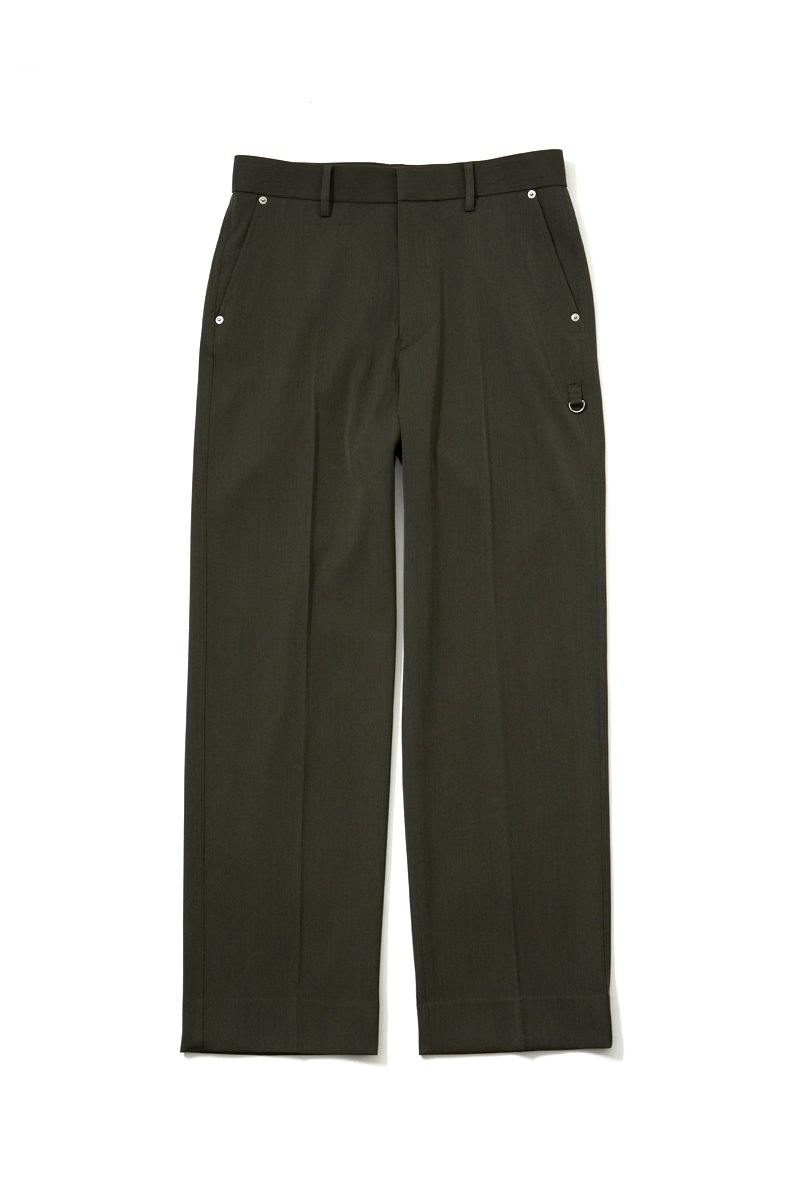 soe  Relaxed Fit Trousers<img class='new_mark_img2' src='https://img.shop-pro.jp/img/new/icons15.gif' style='border:none;display:inline;margin:0px;padding:0px;width:auto;' />