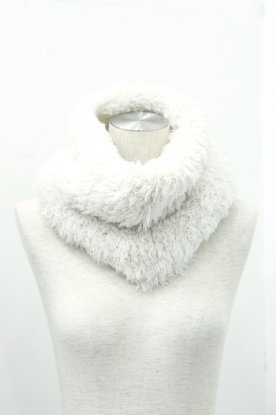 LITTLEBIG  SNOOD(WHITE)<img class='new_mark_img2' src='https://img.shop-pro.jp/img/new/icons15.gif' style='border:none;display:inline;margin:0px;padding:0px;width:auto;' />