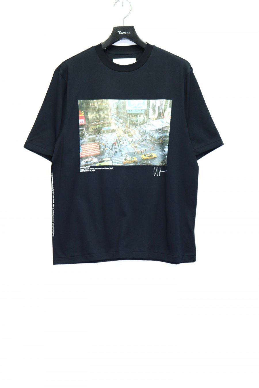 JOHN MASON SMITH × COLINE LANE TIMES SQUARE S/S T-SHIRT<img class='new_mark_img2' src='https://img.shop-pro.jp/img/new/icons15.gif' style='border:none;display:inline;margin:0px;padding:0px;width:auto;' />