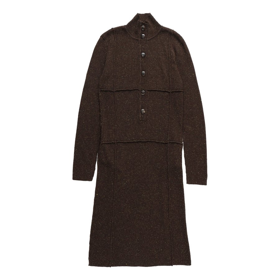【21AW先行予約】BELPER  KNIT DRESS(BROWN)※7月入荷予定予約品(4月23日 23:59 締め切り)<img class='new_mark_img2' src='https://img.shop-pro.jp/img/new/icons15.gif' style='border:none;display:inline;margin:0px;padding:0px;width:auto;' />