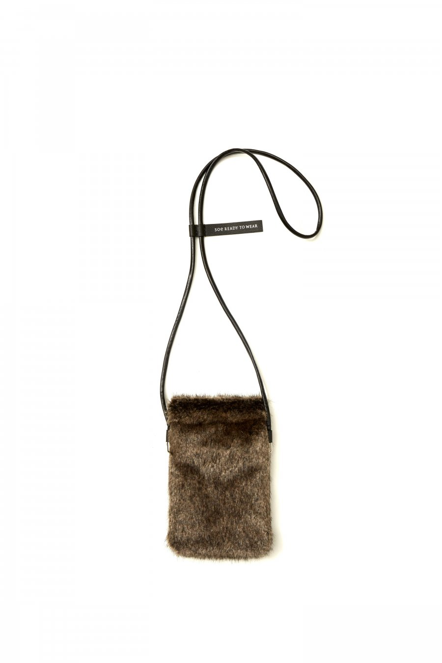soe  Fur Square Pouch<img class='new_mark_img2' src='https://img.shop-pro.jp/img/new/icons15.gif' style='border:none;display:inline;margin:0px;padding:0px;width:auto;' />