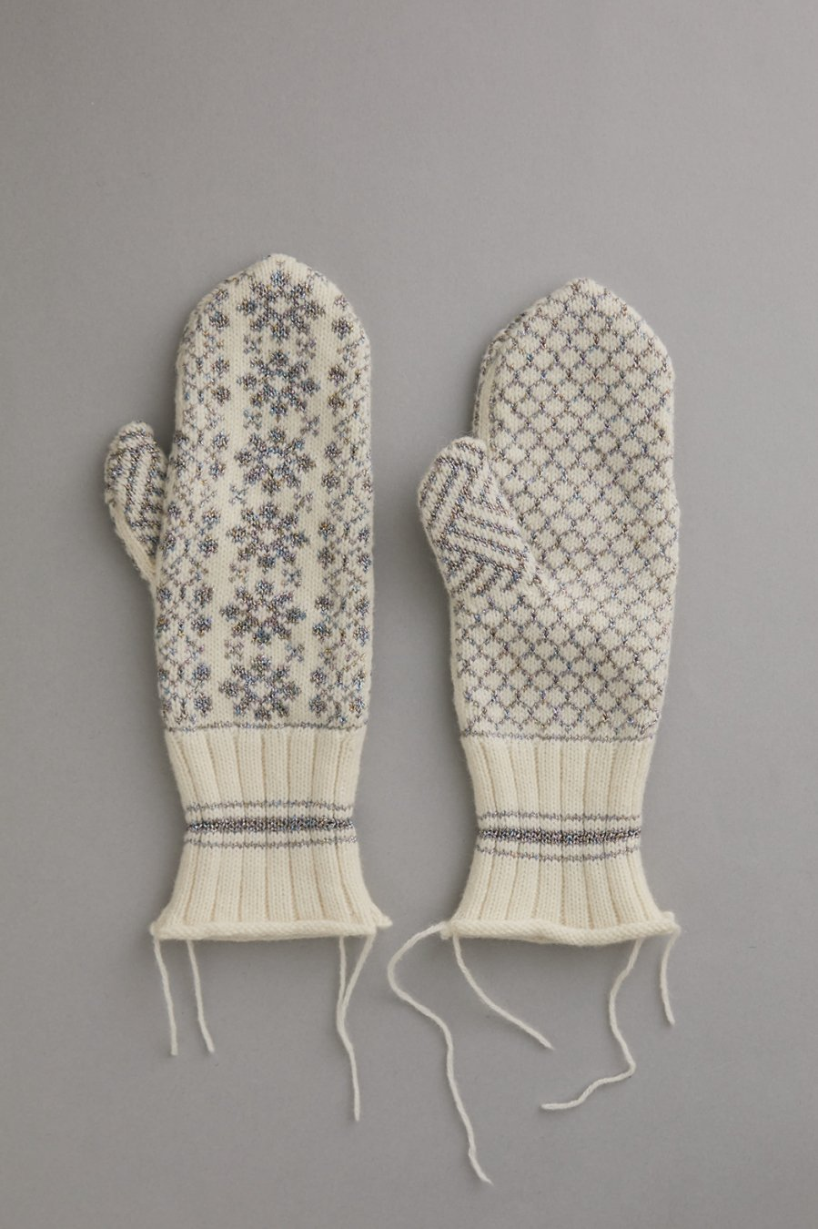 MASU  NORDIC MITTENS(WHITE)<img class='new_mark_img2' src='https://img.shop-pro.jp/img/new/icons15.gif' style='border:none;display:inline;margin:0px;padding:0px;width:auto;' />