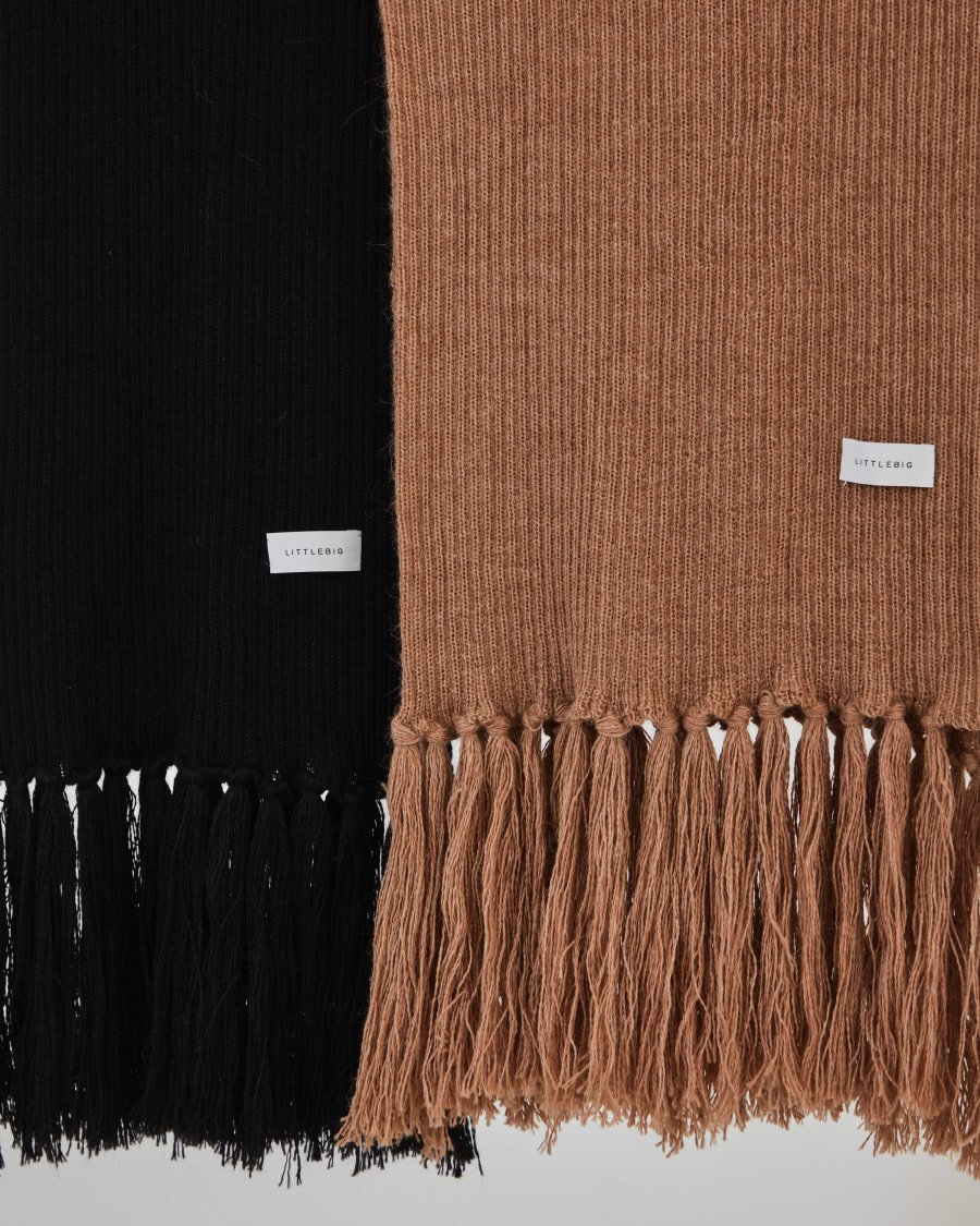 LITTLEBIG  Alpaca Scarf(Black or Camel)<img class='new_mark_img2' src='https://img.shop-pro.jp/img/new/icons15.gif' style='border:none;display:inline;margin:0px;padding:0px;width:auto;' />