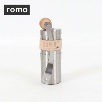 ROMO ロモ coffee mill wood+holder R-551146【ハンドミル 器具 コーヒー豆 珈琲 コンパクト 軽量 軽い 登山 BBQ キャンプ用品 ソロキャンプ アウトドアギア】