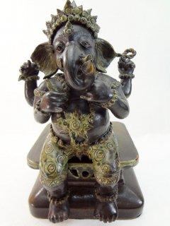 ガネーシャ像の置物/台座付き