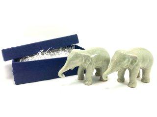 箱入りペア象の置物