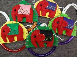 象のモチーフ付タオル掛け/赤の象さんシリーズ【2】