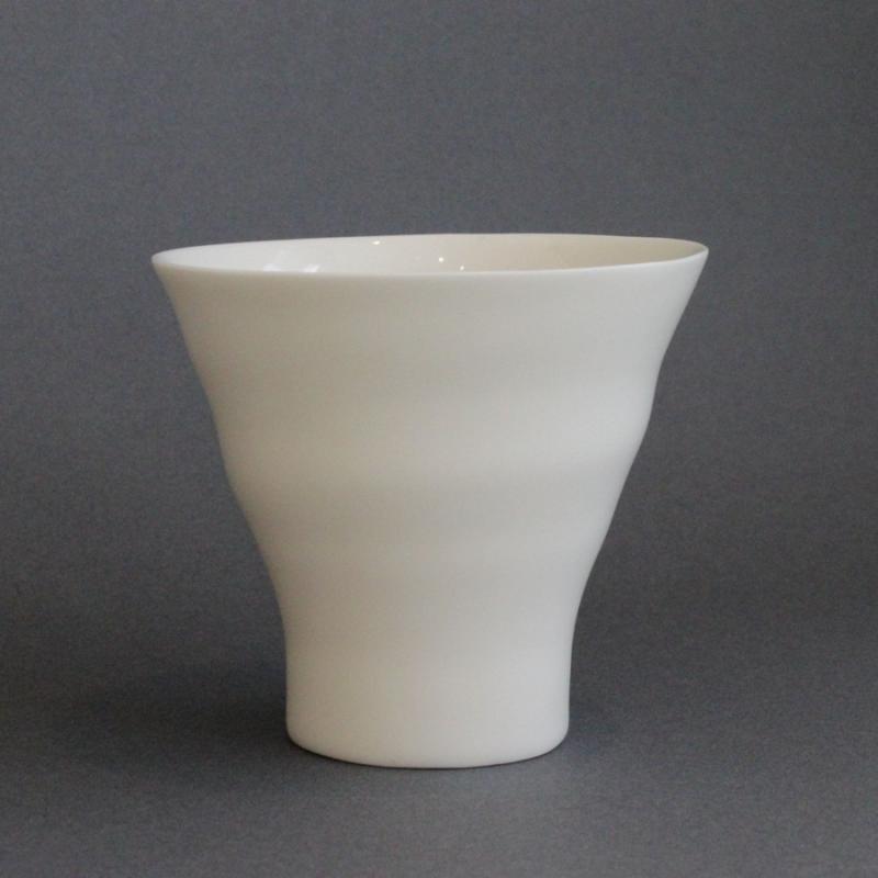 ヘスアルド フェルナンデス−ブラボ カップ ホワイト