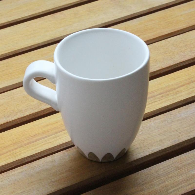 稲葉周子 銀彩マグカップ ホワイト