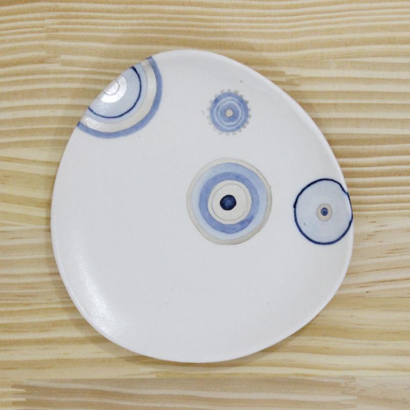稲葉周子 △小皿 ホワイト1
