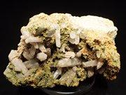 兵庫県明延鉱山産 水晶&緑簾石 (Quartz & Epidote / Japan)