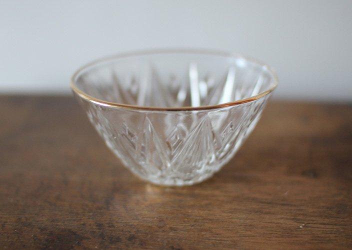 昭和レトロなガラスの器 ダイヤカット - 暮らしのたからもの