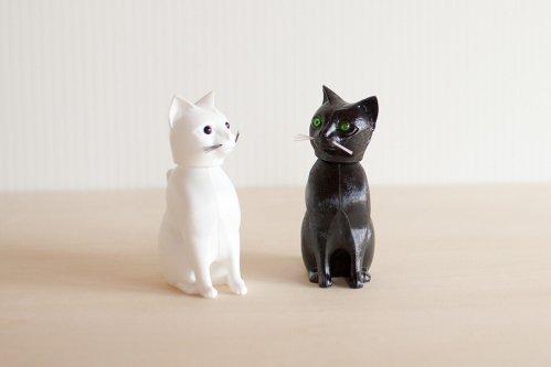 Bobbing Cat 黒猫 / 白猫