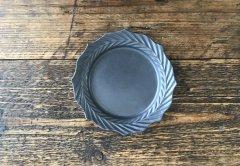 ドレープ花皿M(黒マット)