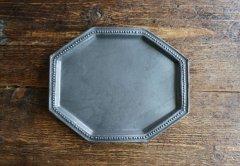 八角ドットリム皿(黒マット)